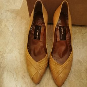 Vintage Cartier shoes will fit size 5